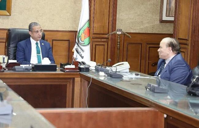 The Governor of Sohag receives the founder of Al-Nahda University and Chairman of the Board of Trustees of Merit University